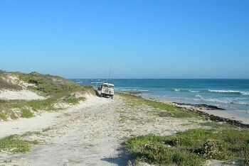 Fishermen, Land Rover, Pearly Beach