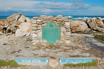Cape Agulhas, official dividing line between the Atlantic and Indian oceans, Overberg, Whale Coast